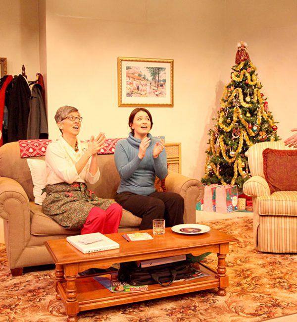 a_nice_family_christmas07
